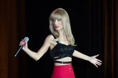 photo-picture-image-taylor-swift-celebrity-lookalike-look-alike-impersonator-tribute-artist-tsc2